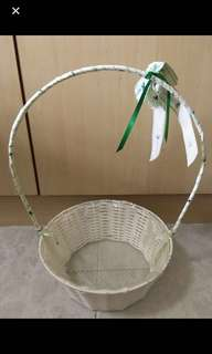 Nice White Basket w Handle For Hampers