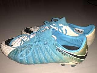 Nike hypervenom boots US 10(grade A)
