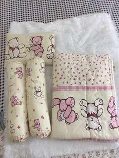 Set bantal guling selimut bayi