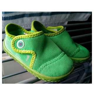 FREE Tribord Toddlers Shoes Kasut Budak