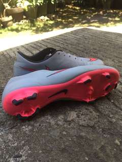 Nike Mercurial Pink/Light gray Size 10.5 (Fit to size 9.5-10us)