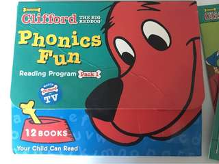 Scholastic Phonics Fun - Clifford the red dog (Pack  #1)