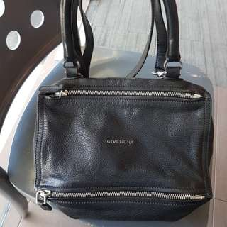 AUTHENTIC GIVENCHY PANDORA SMALL GRAINED GOAT SKIN WITH RECEIPT.