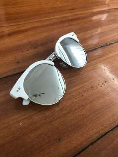 COTTON ON White Cat Eye Sunnies