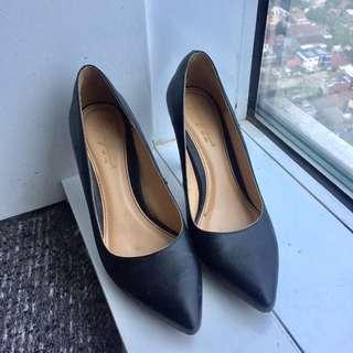 Apple Green Heels