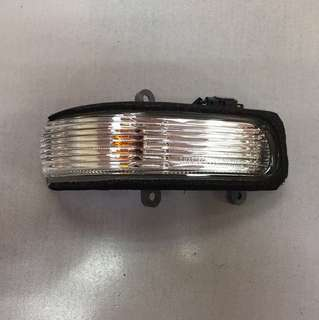 TOYOTA VIOS NCP 93 MIRROR LAMP GENUINE PART RH