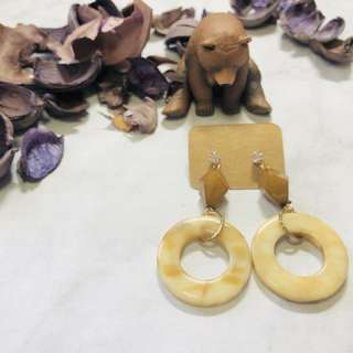 J_n_earrings 幾何復古米白耳環