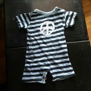 PEACE SIGN WHOLE ONESIE!