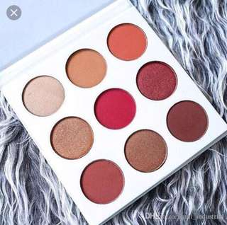 💄✨ The Burgundy Palette Kylie Eyeshadow Palette - Kyshadow Kylie Cosmetics By Kylie Jenner