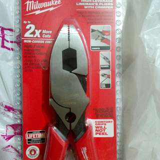 Milwaukee linesman pliers 9""