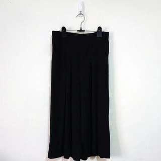 純色黑打褶顯瘦寬褲