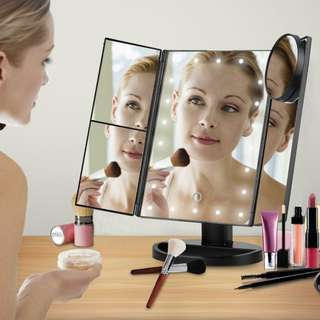 21 Led trifold mirror with touch screen