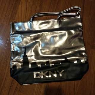 全新DKNY手提側肩背包