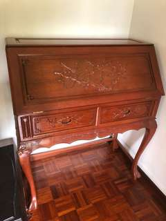 Vintage wooden writing desk in mint condition