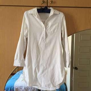 純白長版襯衫