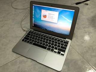 "MacBook Air 11 "" 2012"