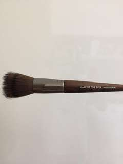 Make Up For Ever Stipling Brush (Foundation)