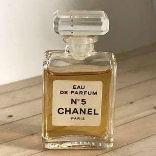 Chanel N°5 EAU DE PARFUM 小樣