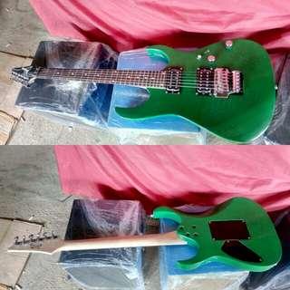 Gitar ibanez green Elektrik