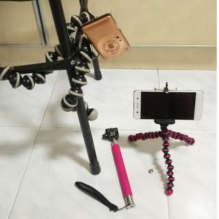 Gorilla tripods and 1m selfie stick set