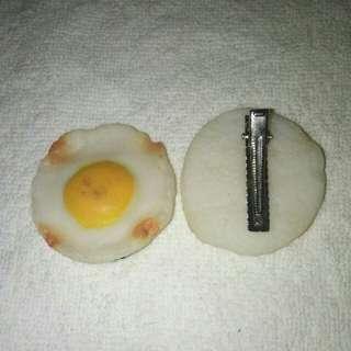 Egg hair clip