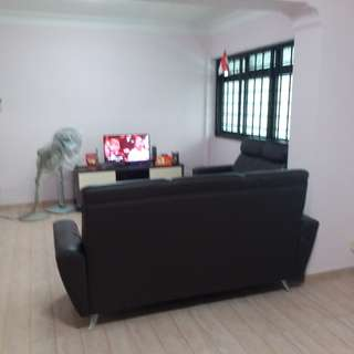 excellent location for common room rental in Sembawang, quiet and suited for single female