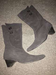 Boots from Japan (Size: US 5)
