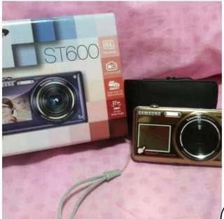 Samsung ST600 Digital Camera