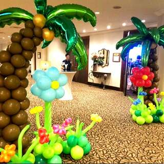 Balloon decoration tropical coconut trees events