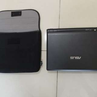 mint condition asus eee pc 900
