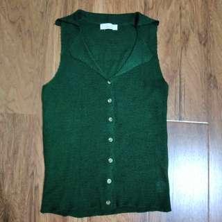 🚚 春夏深綠色翻領排釦針織背心