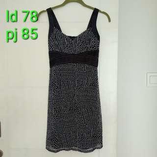 Dress hitam polkadot