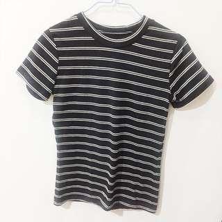 Stripes black and white tee