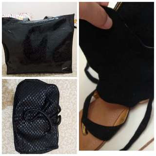 Open barter with coat or sling bag