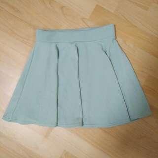 豆綠 太陽裙