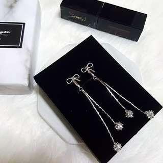 Ribbon Series in Long Earrings Clip On