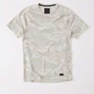 BN Abercrombie & Fitch Camo Tee in White