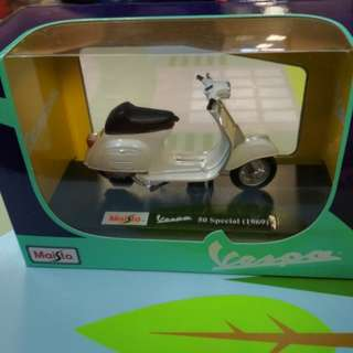 Maisto 1:18 Vespa 50 Special 1969 Diecast Motorcycle 電單車 棉羊仔