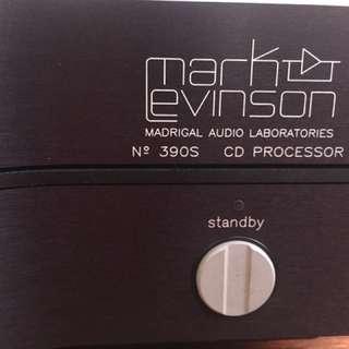 Mark Levinson 390s CD Processor