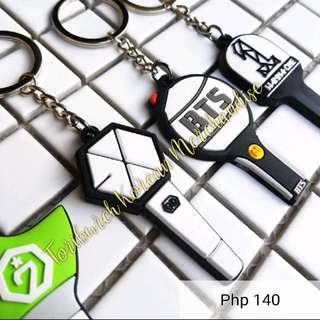 Rubber keychain pendant keyring BTS EXO GOT7 WANNAONE