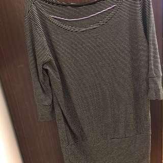 黑白細條紋七分袖上衣