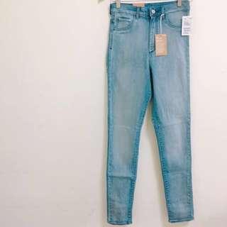 全新H&M率性極素淺藍直筒牛仔褲#換季五折