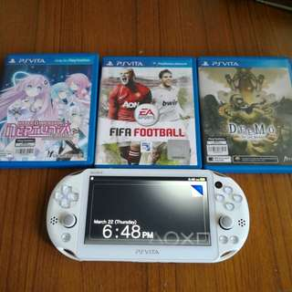 PS Vita Slim 5 games