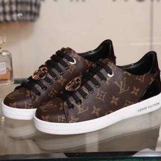 Louis Vuitton Bora Bora sneakers 💋