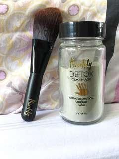 Muddy body detox clay mask