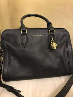Alexander McQueen small Padlock Handbag 👜 in black
