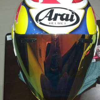 Helmet Arai copy redbull