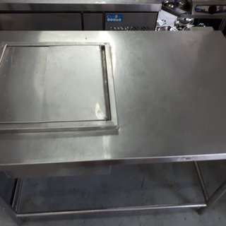 Stainless steel drink table