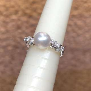 18kt diamond pearl ring