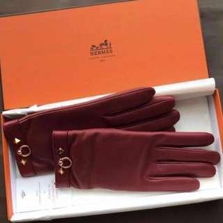 歐洲專櫃價五折⬇️HERMÈS Hermes Louise lambskin gloves 小羊皮手套